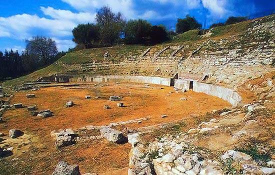 teatro greco romano locri Epizefiri